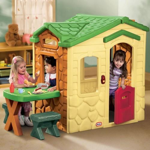Casa picnic en el patio